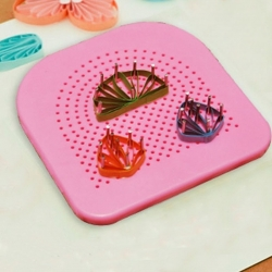 Quilling Board/Wire Jig with 20 pins - Pink