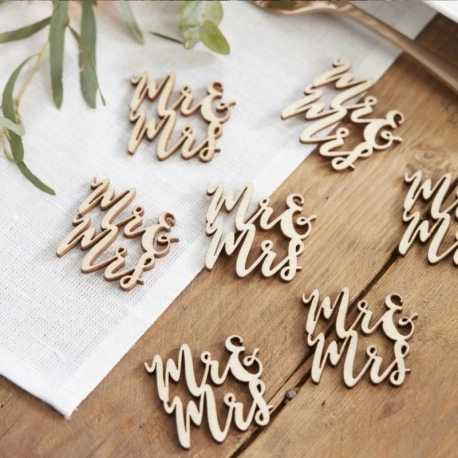 Wooden Mrs & Mrs (15pcs)