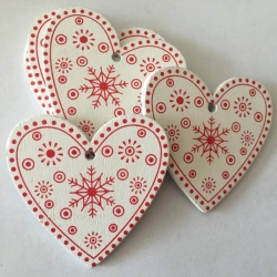Wooden Folk Hearts, White (10pcs)