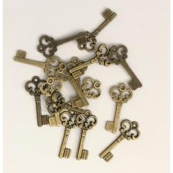 Metal Charms - Keys, Antique Bronze (18)