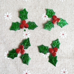 Padded Holly (50pcs)