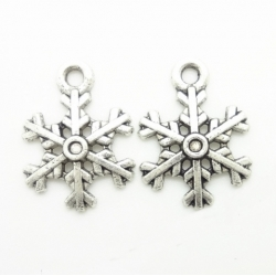 Metal Charms - Medium Snowflakes (10)