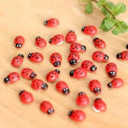Wooden Mini Ladybirds (20pcs)