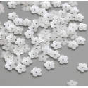 Mini Pearl Flowers - White (100pcs)