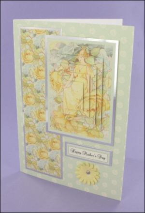Dream Roses Pyramage card